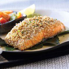 Mélanger les ingrédients de la marinade et verser sur le saumon. Couvrir et réfrigérer au moins 2 heures. Égoutter les darnes et enrober de graines de sésame. Griller à la poêle dans un peu d'huile, pendant 5-6 minutes de chaque côté. Pendant la cuisson, badigeonner le saumon de marinade. Éviter de trop cuire, la chair … Continue reading Saumon moelleux au sésame →