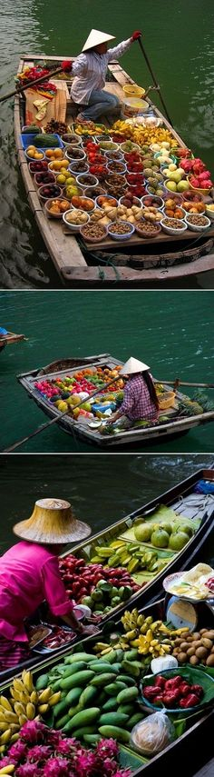 The Floating Market In Thailand by freida