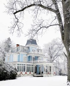 Front Shops and Facades: Striking Street Photography by Angry Baker Beautiful Architecture, Architecture Details, Anthropologie Instagram, Beautiful Homes, Beautiful Places, Sunday Photos, Winter Scenery, Pause, Mid Century House