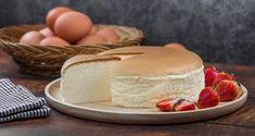Βελούδινο ιαπωνικό cheesecake με τρία υλικά -Η συνταγή που έχει ξετρελάνει το διαδίκτυο Sweet Recipes, Cake Recipes, Dessert Recipes, Sweetest Day, Easy Desserts, Vanilla Cake, Breakfast Recipes, Cheesecake, Deserts