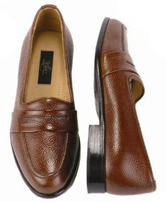 Shop for designer menswear and footwear with exclusive discounts at www.FashionMenswear.com