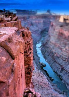 Bokeh Tilt Shift Photography Tilt Shift Photography, Outdoor Photography, Tilt Shift Photos, Tilt Shift Lens, Camera Movements, Bokeh, Grand Canyon, Arrow, Perspective