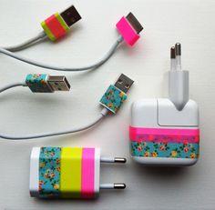 customisation chargeur de téléphone avec du masking tape.