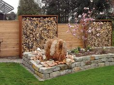 Most Inspiring Redwood Fence Designs Ideas to Style Up Your Yard There is no doubt that a fence is a must-installed addition to every exterior of the house. It secures the house, provides privacy, and also beautifies the layout of your. Read more… Cinderblock Planter, Redwood Fence, Evergreen Bush, Small Fountains, Diy Fence, Backyard Pergola, Metal Pergola, Metal Roof, Fence Design