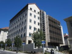 Campbell Hall (UC Berkeley) | Houses laboratories, instructional spaces, offices, support spaces, a rooftop observatory... and a research laboratory called the Center for Integrated Precision and Quantum Measurement.