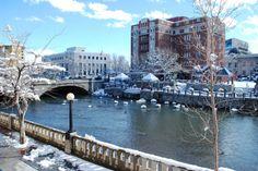 Reno Riverwalk and Riverside Hotel | © Vanessa Vancour/Flickr