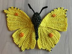 Now all 8 crochet patterns of the butterflies of MieksCreaties for 25 euros.This is the crochet pattern of: the red admiral, Chalkhill blue butterfly , cabbage white, the brimstone butterfly, Crochet Motifs, Form Crochet, Crochet Patterns Amigurumi, Diy Crochet, Crochet Crafts, Crochet Dolls, Crochet Stitches, Crochet Baby, Crochet Projects