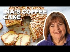 Incredible Sour Cream Coffee Cake with cinnamon walnut strusel Ina Garten Brunch Recipes, Cake Recipes, Breakfast Recipes, Dessert Recipes, Breakfast Options, Wing Recipes, Biscuits Aux Raisins, Food Network Recipes, Cooking Recipes