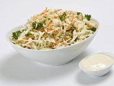 Σαλάτα κόλσλοου περιχυμένη με σως γιαουρτιού Eating Well, Clean Eating, Healthy Eating, Healthy Food, Yams, Balanced Diet, Potato Salad, Cabbage, Salads