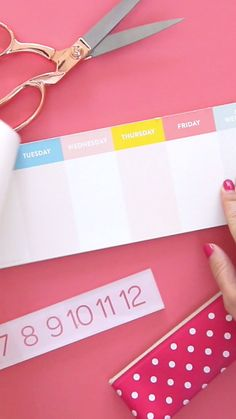 How to DIY a Weekly Planner