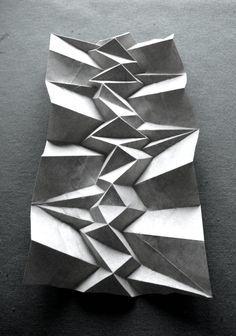 Andrea Russo papel plegable corrugación