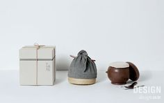 CJ제일제당의 '해가 찬 들녘 진된장'패키지 디자인 Bakery Packaging, Cool Packaging, Tea Packaging, Cosmetic Packaging, Beauty Packaging, Brand Packaging, Packaging Design, Brand Identity Design, Branding Design