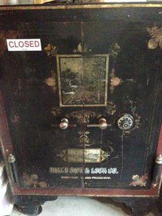 Antique Safe Halls Safe Lock Co Posted By Joncellis Danny Fragar  C B Free Online Antique Appraisal Estimate