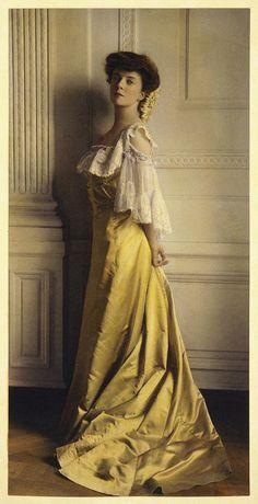 Alice Roosevelt Longworth by Frances Benjamin Johnston, 1903 by trialsanderrors, via Flickr