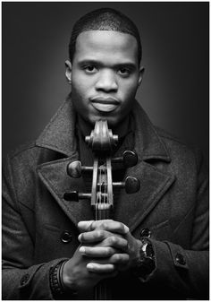 Cellist Caleb Vaughn-Omg I'm pretty sure this guy came to my school! Violin Senior Pictures, Senior Pictures Boys, Senior Photos, Senior Portraits, Cello Photography, Senior Photography, Portrait Photography, Portrait Studio, Music Photo