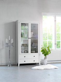 Witryna AULUM 2 drzwi biała