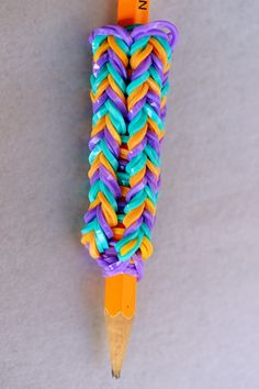How to Make a Pencil Grip with Your Rainbow Loom