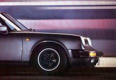 32 Amazing Photos From Vintage Porsche 911 Brochures | Airows