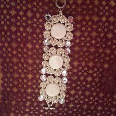 lsbijoux.pa info: lsbijoux.pa@gmail.com #swarovski#bracciali #handmade #palermo #italia #cool #jewerly#diamond #igersitalia #bijoux #palermo #instagood#igers #girls #fashion #woman #artigianato #jewels#fashionjewels #accessori #shopping # perle # collare