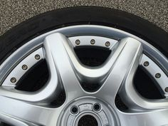 http://www.leedsalloywheelrepair.co.uk makes it possible for you to find the perfect services for alloy wheel repair. It makes sure that it does not make you feel worried about spending a lot of money for it   http://www.leedsalloywheelrepair.co.uk/
