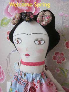 Frida Kahlo Doll  https://www.facebook.com/pages/Petite-Numi-handemade-with-loveDora-Richter/157576850957839