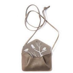 Lichtbruine leren enveloptasje, Backing Vocals, Moss used look – Keecie NL Reusable Tote Bags