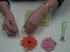 Video Demonstration of Clover's Needle Felting Tool and Accessories by Carol Porter (Part 2 of 2)