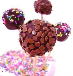 Chocolate Cake Pops - Video receita