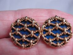 Elegant Estate Lapis Lazuli Round Cufflinks with 18K Gold Twisted Wire Cover Top