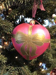 Die Liebe am Baum: der wunderschöne Baumanhänger in Herzform