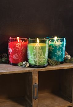 Świece świąteczne  / Christmas candles Wood Wick  Crimson Berries, Frasier Fir, Mint Truffle