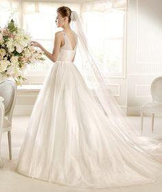 MOIRA » Wedding Dresses » 2013 Glamour Collection » La Sposa (back)