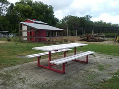 Upgraded picnic table