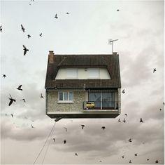 Flying Houses | MilK - Le magazine de mode enfant