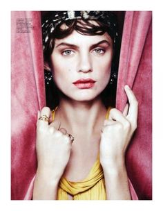 Great makeup inspiration for next spring, so ladylike...