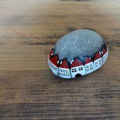 PIEDRAS PINTADAS. Pebble Painting, Pebble Art, Stone Painting, Rock Painting, Stone Crafts, Rock Crafts, Arts And Crafts, Pebble Stone, Stone Art