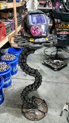 Metal art stand Metalart motorsports racing welding cars metal art