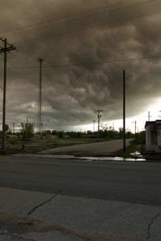 Picher, Oklahoma Is America's 'Most Toxic City.' Seph Lawless' Photos Show Us Why.