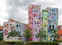 Happy Rizzi House / Braunschweig Maybe we'll see this on the trip!
