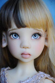 Stunning Fair-Skinned Laryssa Faun MSD BJD by Kaye Wiggs
