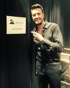 1000 images about luke bryan on pinterest luke bryans for Hunting fishing loving everyday lyrics