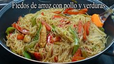 Fideos de arroz con pollo y verduras Asian Recipes, Healthy Recipes, Ethnic Recipes, Chinese Food, Japchae, Deli, Side Dishes, Mary, Homemade Recipe
