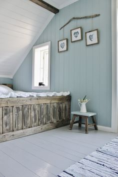 Mias Interiør / New Room Interior / Interiørkonsulent Maria Rasmussen: Endelig! Painted Wood Floors, Painting Wood Paneling, Painted Panelling, Home Bedroom, Bedroom Decor, Wood Paneling Makeover, Room Interior, Interior Design, Beautiful Bedrooms