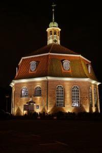 Evangelischekirche Niendorf Markt Hamburg HDR