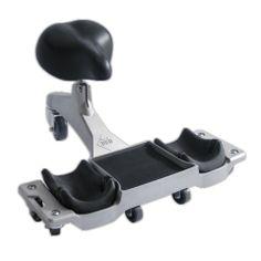 Este asiento te permite realizar trabajos a media-baja altura, con tres puntos de reparto de peso, con lo que evitas molestias en las rodillas o dolores de espalda. http://www.materialespujante.com/es/equipo-personal-para-el-profesional-de-la-construccion/4960-asiento-ergonomico-sr-1-8413797819991.html