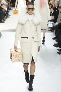 Louis Vuitton Herfst/Winter 2015-16 (9)  - Shows - Fashion