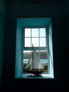 Dekoracje marynistyczne, morski styl, drewniany model jachtu, żeglarski prezent, morski upominek  www.sklep.marynistyka.org