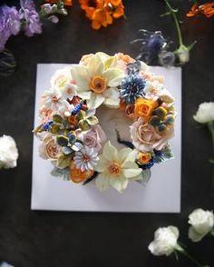 ㅡ  완벽한봄봄봄이다. . . ✨  B course   ㅡ    #flower #cake #flowercake #partycake #birthday #bouquet #buttercream #baking #piony #wilton #weddingcake #케이크 #꽃스타그램 #작약 #플라워케익클래스 #웨딩케이크 #베이킹클래스 #부케 #생일케익 #플라워케이크 #케익스타그램 #수케이크 #수국 #데이지    www.soocake.com  vkscl_energy@naver.com