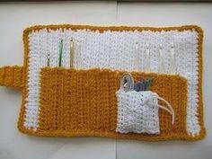 All in One Crochet Hook Case | AllFreeCrochet.com