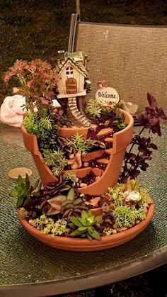 Favourite Indoor Fairy Garden Ideas - Home-Garden-Design-Decoration Fairy Garden Pots, Indoor Fairy Gardens, Fairy Garden Houses, Gnome Garden, Miniature Fairy Gardens, Indoor Garden, Fairy Gardening, Garden Gate, Easy Garden
